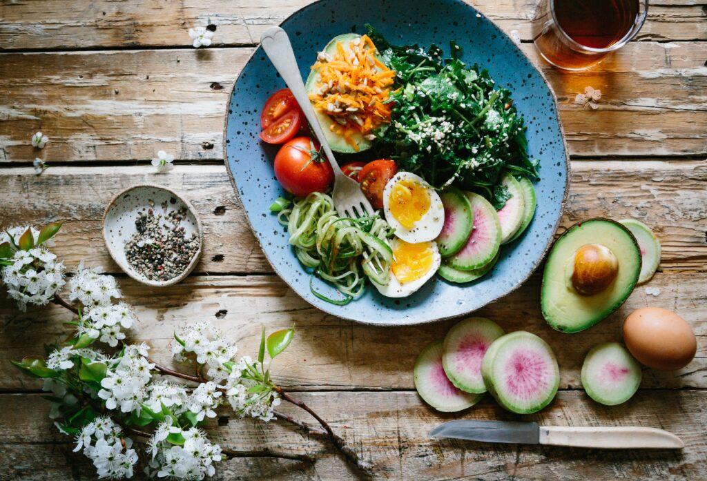 Výživa, zdravé jídlo, redukce hmotnosti, zhubnout, hubnutí, jak zhubnout, proměny, zdravé recepty, jídelníček na míru, stravovací plán, hubneme